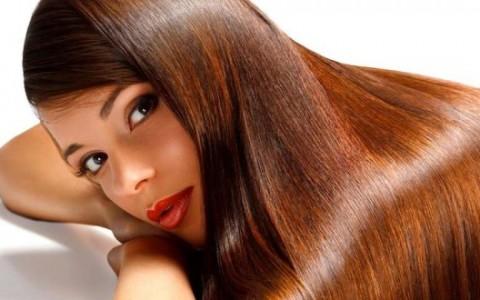Pelle e capelli stressati dal sole? Prova Bioscalin